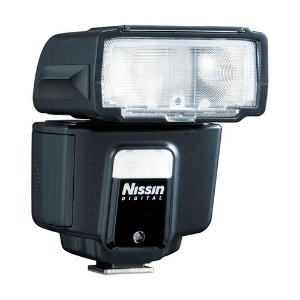 Nissin i40 Compact Flash for Canon/Nikon/Sony/MFT/Fuji