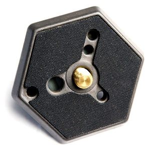 """Manfrotto Hexagonal 3/8"""" Plate Adapter for RC0 #030-38"""