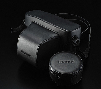 Fujifilm LC-XPro1 Black Leather Case for X-Pro1