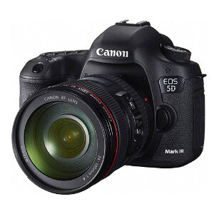 Canon EOS 5D Mark III DSLR + 24-105mm L IS Lens