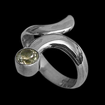 Womens Jewelry - Cubic Zirconia and Sterling Silver Rings R578