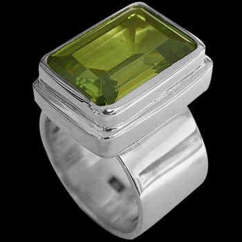Peridot and Sterling Silver Rings MR02
