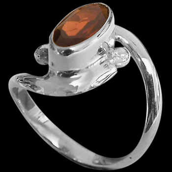Garnet and Sterling Silver Rings MR22