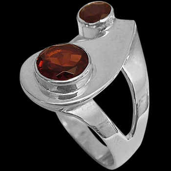 Garnet and Sterling Silver Rings MR21