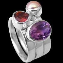 Womens Jewellery - Garnet Amethyst Pearl and Sterling Silver Rings R1148