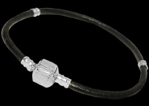 Black Single Leather Bracelet  with .925 Sterling Silver Clasps SG1BK
