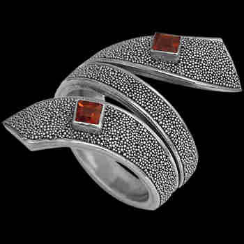 Garnet and Sterling Silver Rings R697sq