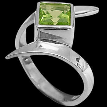 Peridot and Sterling  Silver Rings MR23fpr