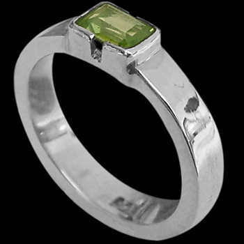 Peridot and Sterling Silver Rings R374fpr