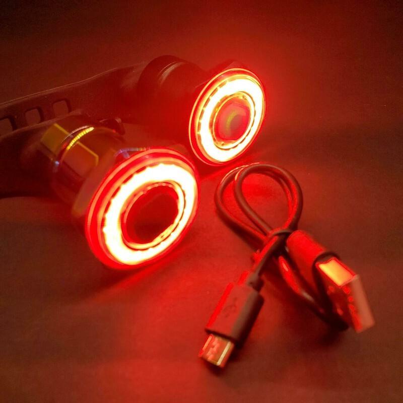 SMART Bicycle Brake Tail Light USB Rechargeable LED 100 Lumen Black Bicycle