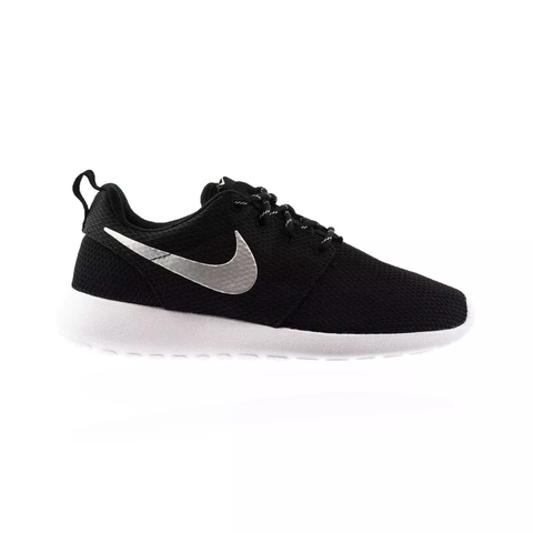 wholesale dealer 0e9c6 1427d Nike Roshe One Women s shoe - Black White Metallic Platinum