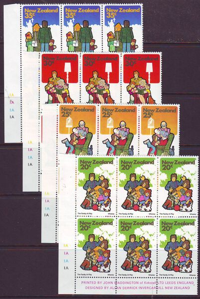 NEW ZEALAND 1981 FAMILY LIFE SG1239-42 IMPRINT BLOCKS MUH