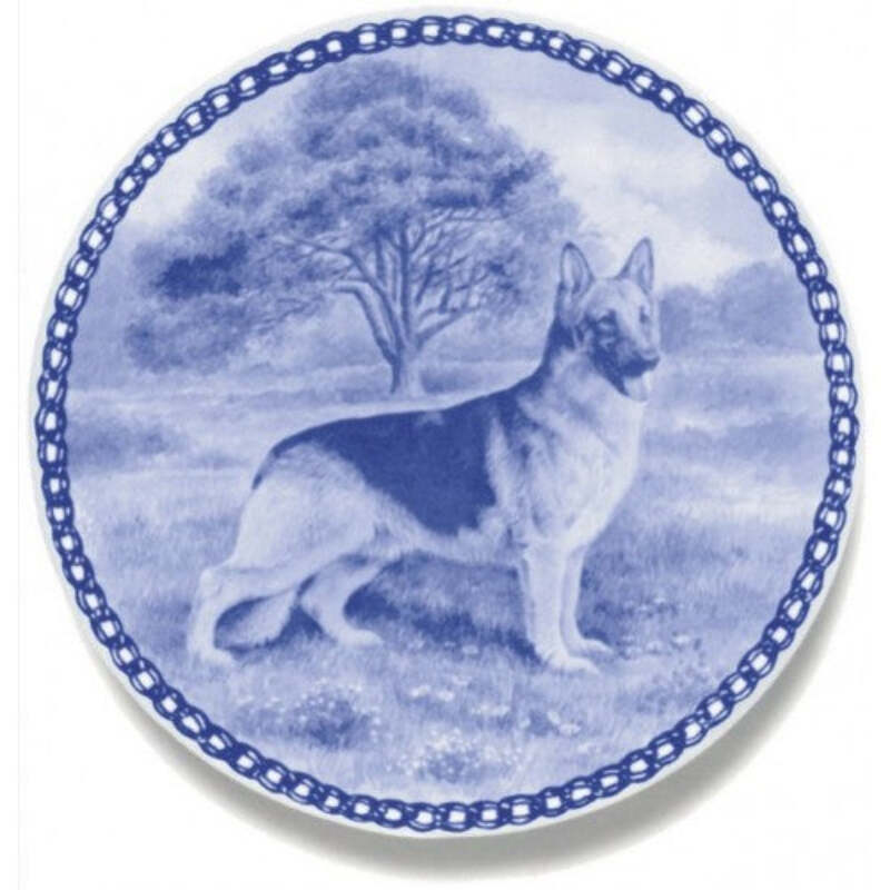 Canadian Eskimo Dog Dog Plate made in Denmark from the finest European Porcelain