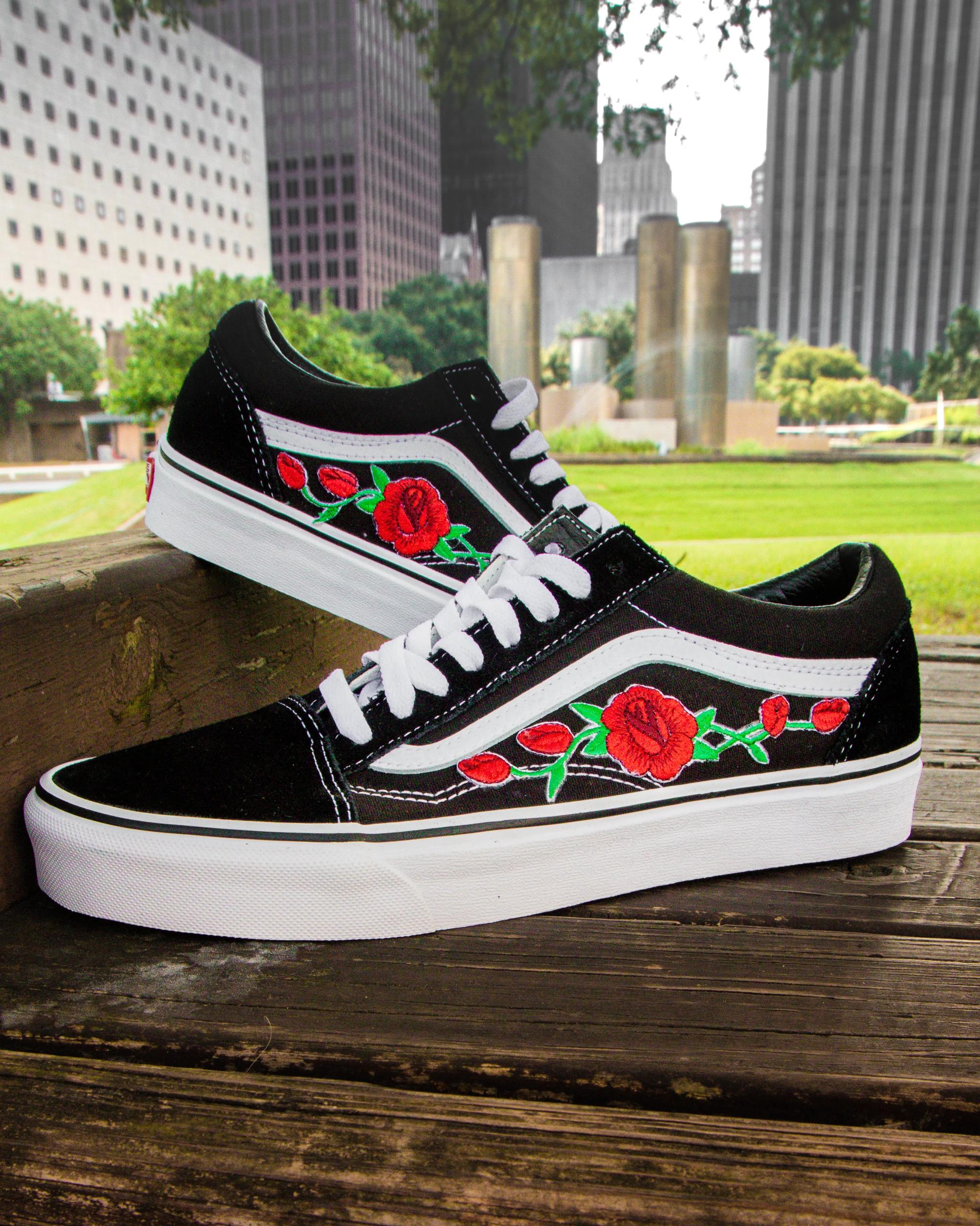 Vans Black Old Skool Red Rose Custom