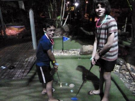 HI Mini Golf 2