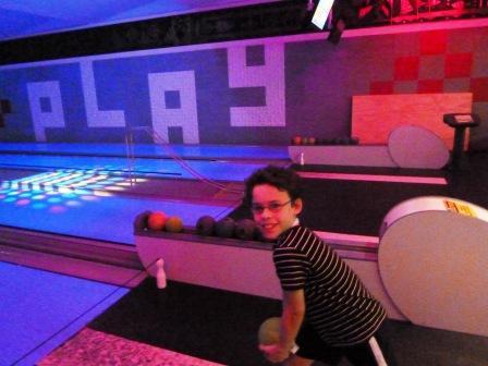 HI 9 Pin Bowling 1